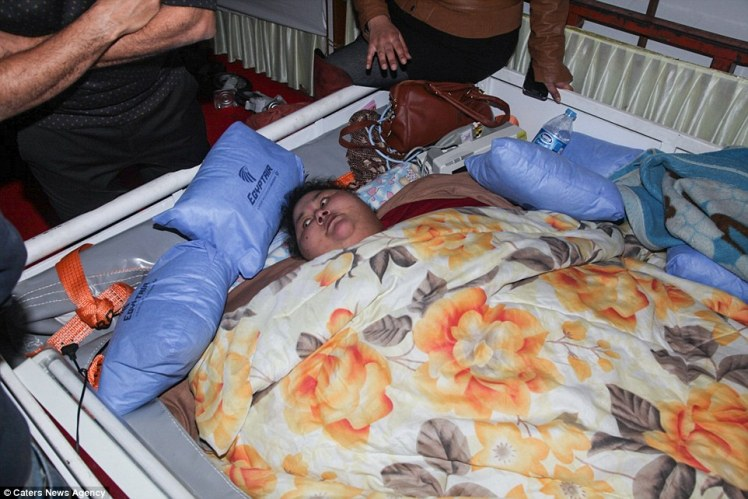 3D13DBB700000578-4214978-Eman_Ahmed_Abd_El_Aty_36_from_Egypt_has_been_bed_ridden_for_the_-a-26_1486829137981.jpg